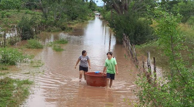 Pamela Kasırgası etkisini sürdürüyor