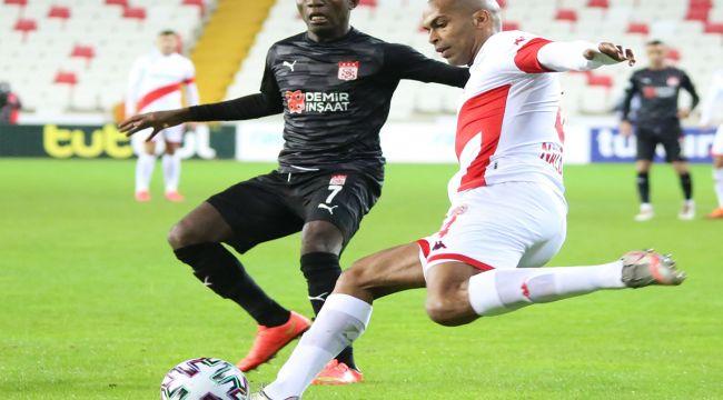 Sivasspor ile Antalyaspor'u ağırlayacak
