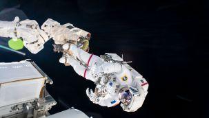 Uluslararası Uzay İstasyonu yönünü kaybetti